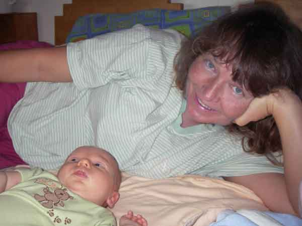 Leilani, 6 weeks old, with Sonja